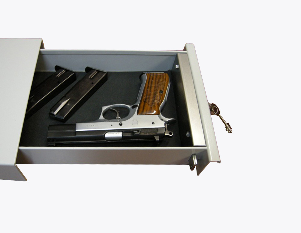 cassetto-aperto-portapistole-Serratura-sicurezza-doppia-mappa-Sicura-Casseforti